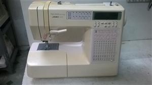 Juki HZL 8800